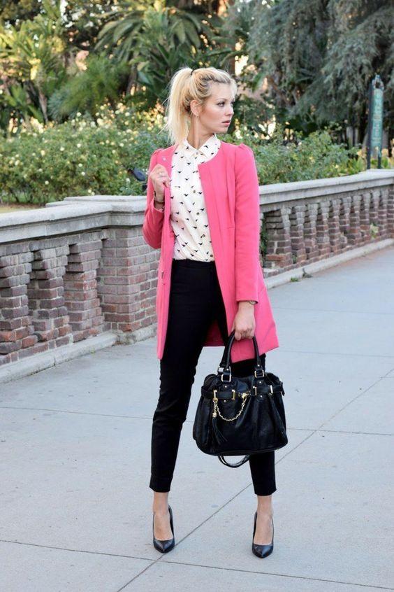 tenue réussie, manteau rose slim noir